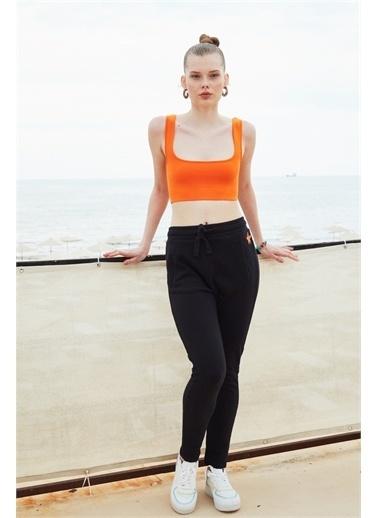 Latin Quarter Deniz Yıldızı Motifli Slim Fit Pantolon Siyah